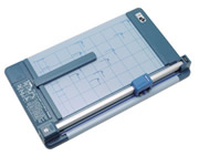 TRIMMER CARL DC-210N A4 32 SHEET CAPACITY